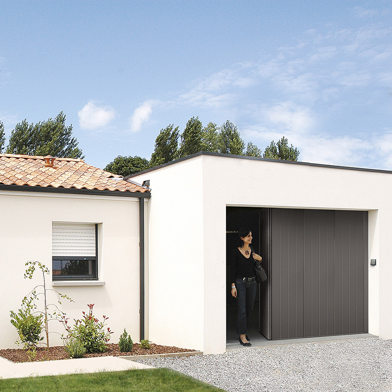 Porte laterale novoside les mat riaux for Porte de garage novoside