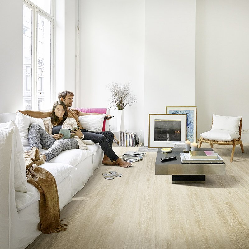 rev tements de sol stratifi s lames vinyle clipser pure berry alloc les mat riaux. Black Bedroom Furniture Sets. Home Design Ideas
