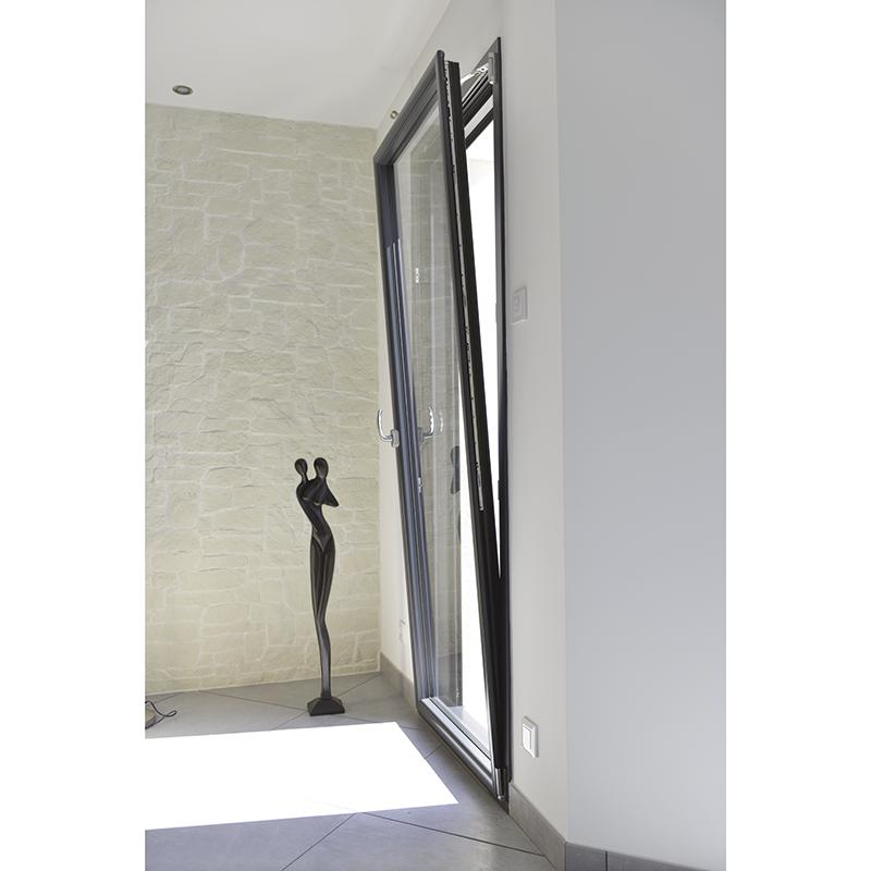 Fen tres aluminium ouverture la fran aise peralu les for Porte fenetre ouverture a la francaise