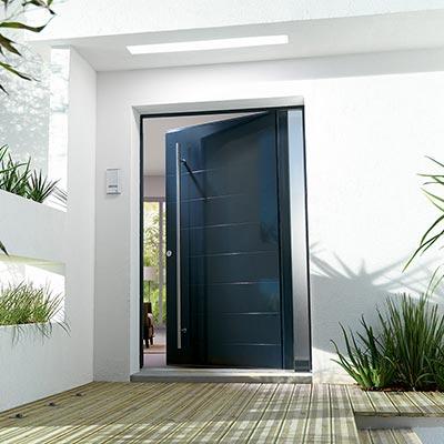 Porte d 39 entr e en pvc bois ou alu les mat riaux for Porte de garage bel m