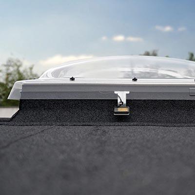 Fenetre de toit vente de fen tres de toit les mat riaux - Fenetre coupole pour toit plat ...