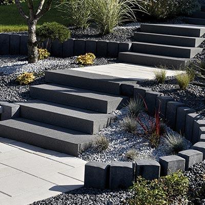escalier ext rieur et blocs marches les mat riaux. Black Bedroom Furniture Sets. Home Design Ideas