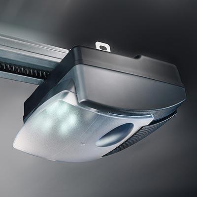 Novoferm produits novoferm commercialis s par les mat riaux for Meilleur marque motorisation porte de garage