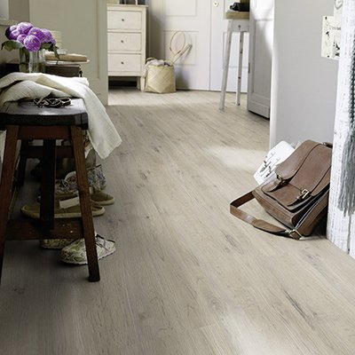 parquet flottant pour habiller vos sols rev tement de sol stratifi. Black Bedroom Furniture Sets. Home Design Ideas